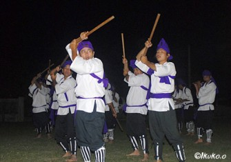 Miyako_Group_dance_at_the_Masitorja_festival_in_Nobaru_INNET