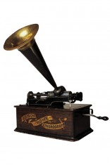 Edison's phonograph, photo by Leonardo Novaes, source: http://www.freeimages.com/photo/680215